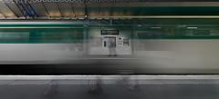 Au revoir (Casete) Tags: longexposure paris france tower feet subway shoes europe metro tube eiffel toureiffel canon350d digitalrebelxt birhakeim metropolitaine tokina1116