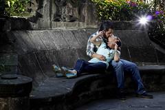 Shai y Arturo (Christian Rentera) Tags: park camera wedding portrait cute love canon mexico df couple retrato amor flash boda off romance romantic aww romantico toluca novios canon600d canont3i christianrentera chrisrentera lordmclovin