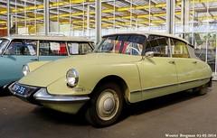 Citroën ID 19 1963 (XBXG) Tags: auto old france holland classic netherlands car mobile vintage french automobile id ds nederland citroën voiture 19 paysbas 1963 ancienne 2014 id19 tiburón snoek vijfhuizen citroënds déesse française strijkijzer citromobile citro citroënid dh7935