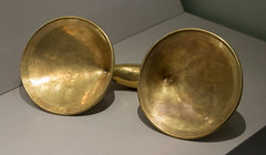 IMG_8361 (jaglazier) Tags: 103016 1stmilleniumbc 2016 800bc700bc bronzeage circles clones copyright2016jamesaglazier countymonaghan dublin ireland irish jewelry latebronzeage monaghan museums nationalmuseum october archaeology art crafts dressfasteners engraved gold goldworking incised metalworking countydublin