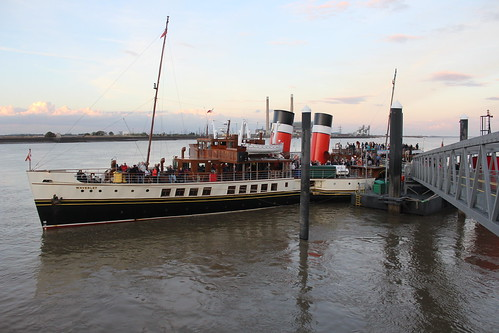 Waverley at Town Pier, Gravesend.