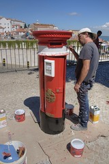 Lisbon Cultural Icons (Tony Shertila) Tags: 20160817151450 castelo geo:lat=3871255318 geo:lon=913056135 geotagged lisboa portugal prt europe outdoor city culture icon weather day clear sky painter worker postbox red painting