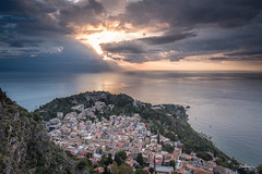 Taormina  at day break (Bommer60) Tags: taormina sicilia sicily messina santuariomadonnadellarocca dawn europe day break sunris cloudsstormssunsetssunrises town italy italien coastline coast sea seaside clouds landscape landschaft
