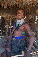 Handa woman (una banda de dos) Tags: africa angola handa tribu travel viajes