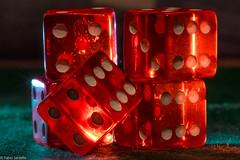 Wrfel (fadenfloh) Tags: macromondays ngc backlit theme week wrfel beleuchtet rot canon eos 60d makro montag licht dice light backlight farbe colour fotofabio germany deutschland