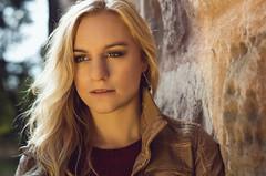 Sabine Mauer (Thomas Gloner) Tags: sabine wall brown stegerwalk nuremberg walk braun red rot blond beauty schn germany