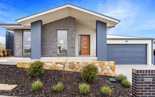 37 Anakie Court, Ngunnawal ACT 2913