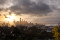 Donuts and coffee, he suggested.. (Howard Ryder) Tags: seattle washingtonstate pacificnorthwest kingcounty upperleftusa kerrypark saturdaymorning sunrise sunriseglow nikon d810 tamron tamronsp240700mmf28divcusd pscc lrcc nik ryderphotographic howardryder