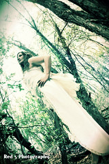 Fogg Couture Fairy Shoot (Red 5 Photography) Tags: leaves spirit ghost mysterious red5 ghostly steampunk ehtereal conceptshoot bridefairy steampunkmodel weddingsteampunk red5photography skirtsteampunk hairbrunettelace wingsgirlyfeminineprettytreesgreen nikond52001855mmbearcreekregionalparkcoloradofairyfaefaeriefariy fairywhitelacebustlebustle weddingwhimsicalcostumebrown