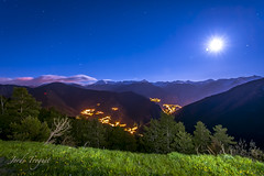 "Lluna plena desde Pal (Jordi TROGUET (Thanks for 1,923,800+views)) Tags: moon nature night noche travels nikon paisaje luna pal 1001nights jordi paysages nit lluna autofocus escaldes vallnord jtr engolasters anyos mywinners d700 nikond700 theperfectphotographer troguet jorditroguet ""nikonflickraward"" artofimages fleursetpaysages 1001nightsmagiccity mygearandme mygearandmepremium mygearandmebronze mygearandmesilver"