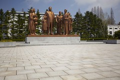 Bronze Monument at the Pyongyang Film Studio (benyjakabek) Tags: life street blue homes ladies lady river subway children square fun traffic kim military performance fair security palace area inside guards dmz joint zone pyongyang sung demilitarized kaesong taedong mansudae jongil nampo kimil