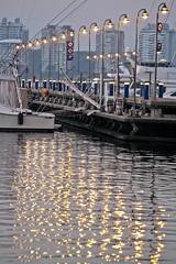 Distorsiones (Guilleflash) Tags: port puerto uruguay lights luces muelle mar reflex edificios barcos olas yates reflejos oceano torres maldonado atlantico puntadeleste lanchas