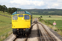 BR 5394 27050 Broomhill (Neil Sutton Photography) Tags: scotland broomhill endoftheline scottishhighlands diesellocomotive strathspeyrailway 5394 class27 27050 brbluelivery