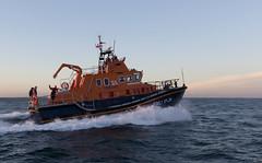 IMG_6280 (Thomas Cowley) Tags: carnival lifeboat isleofwight yarmouth select rnli