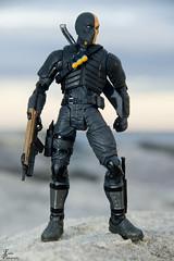 Deathstroke_0004_sig (Fadde Photography) Tags: show beach comics toy toys dc tv action figure arrow