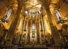 Barcelona Cathedral (fantommst) Tags: barcelona church spain catholic cathedral roman gothic catalonia 14thcentury archbishop catedraldelasantacreuisantaeulàlia catedraldelasantacruzysantaeulalia holycrossandsainteulalia lisaridings fantommst