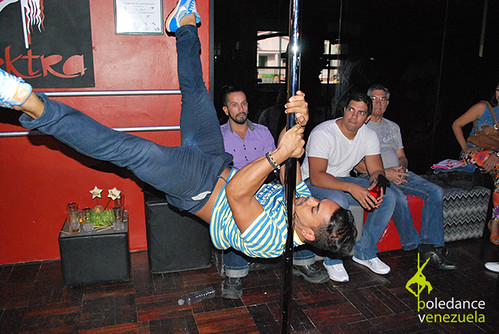 """Inauguración Elektra Pole Dance • <a style=""""font-size:0.8em;"""" href=""""https://www.flickr.com/photos/79510984@N02/17425463870/"""" target=""""_blank"""">View on Flickr</a>"""