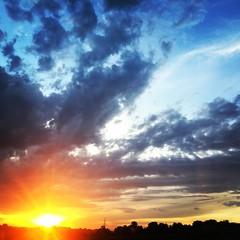 Sunset - Burgenland (Elisabeth.klio) Tags: sunset sunporn skyporn clouds cloudporn burgenland sonnenuntergang