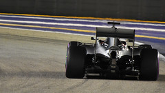 Lewis Hamilton Mercedes W07 Singapore Grand Prix 2016 FP2 (StephenG88) Tags: singaporegrandprix2016 fp2 singapore t22 t23 f1 formula one lh lewis hamilton hammertime mercedes w07