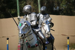IMG_4747 (joyannmadd) Tags: renaissance hammond louisiana festival jousting birds prey celtic queens kings laren fest juggler washing well wenches wiskey bay rovers music armour fight war ride midevil combat horse joust dual knives knight shining run outdoor competition