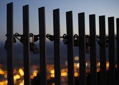Candados en el Naranco (Mariemvaki) Tags: candados locks