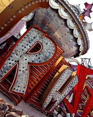 Neon Boneyard (nestje) Tags: neonboneyard neonmuseum lasvegas stardust stardusthotel liberace