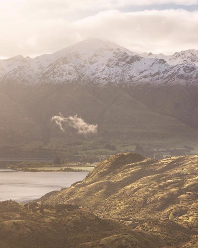 Hazy days of spring... loving this pic by: @adventure.venture #lovewanaka #nzmustdo #landscape