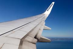 EI-EMA Ryanair B737-800 Approaching Edinburgh Turnhouse Airport Overlooking Edinburgh Bay (Vanquish-Photography) Tags: vanquishphotography ryantaylor canon eos 7d ryan taylor vanquish photography railway aviation eiema ryanair b737800 approaching edinburgh turnhouse airport overlooking bay