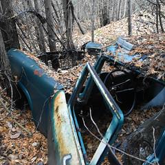 DSC_0337 v2 (collations) Tags: ontario mcleansautowreckers autowreckers wreckers automobiles autos abandoned rockwood derelict junkyards autograveyards carcemeteries