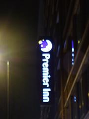 Premier Inn London St Pancras, Euston Road, London (ell brown) Tags: premierinn premierinnlondonstpancras eustonrd camden london greaterlondon england unitedkingdom greatbritain stpancras 88eustonrd londonboroughofcamden bidboroughst sign nightshots