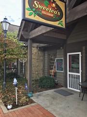 Sweetea's Tea Shop - Nashville, IN (Danube66) Tags: nashville indiana sweeteas tea shop
