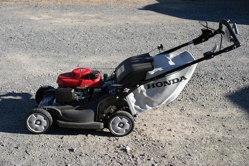 Honda Versamow HRX217 Self-Propelled Mower ($588.00)