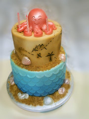 mermaid ocean pirate theme (Cake Rhapsody) Tags: sea shells fish cake sand seahorse treasure scales octopus nautical mermaid barbaranngarrard cakerhapsody mappirate