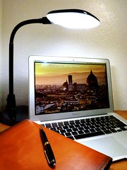 Macbook Air 2013 News May Lumiy LEDs LED Lamp1060892 (stanfordgreentrees) Tags: pro macbook macbookpro macbookair macbookproretina 15inchmacbookproretina
