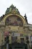 Praag  -  Representatiehuis uit 1911 (Sjim Geugjes) Tags: de is het op van hommage een praag bron kunstenaar aan gevel mozaïk špillar httpwwwjudithsgardeneufotogalleryvakanties20en20uitstapjespraaghtm