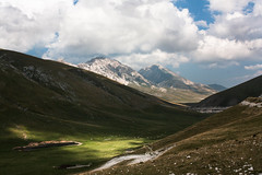 Little Tibet (luigig75) Tags: italy art canon italia 14 sigma 35 abruzzo ghiacciaio appennini gransasso cornogrande calderone 450d cornopiccolo sigmaaf35mmf14dghsm