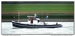 Christina (Morthole) Tags: slitscan ship boat schip boot barge binnenvaart schiff rheinschiff christina sleepboot tugboat tug schlepper remorqueur