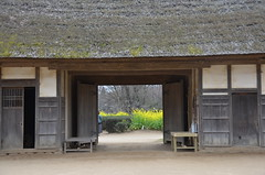 traditional gate (Hayashina) Tags: gate chiba japan traditional house