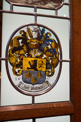 Des Warines coat of arms in stained glass (quinet) Tags: 2014 belgium bruges deswarines glasmalerei wappen blason coatofarms stainedglass vitrail antwerp flanders