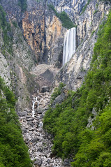Slovenia (Yann OG) Tags: slovenia slovenija slovnie kanin bovec soca soa valle cascade waterfall chutedeau montagne mountain slapboka 50mm poselongue longexposure nd400 soavalley landscape paysage