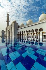 Mesquita Sheikh Zayed (Valter Patrial) Tags: mesquitasheikhzayed mesquita mosque abudhabi architecture emiradosrabesunidos oriente mdio