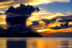 Tumon Skyscape, 10/20/16 (orgazmo) Tags: pentax k1 fa28105mmf3556wr guam landscapes skyscapes sky cloudscapes clouds cloudformations rainclouds sunsets sundown tumon tumonbay pixelshiftresolution