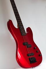 Maison Bassguitar (Role Bigler) Tags: 4saiten 4strings bass bassgitarre bassguitar canoneos5dsr egitarre ef28100mmlmacroisusm eos5dsr gitarre guitar musicalinstrument musik musikinstrument saiten strings longscale masion redbass