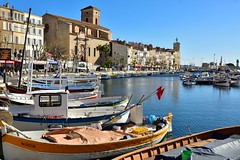La Ciotat / Port-Vieux (Pantchoa) Tags: laciotat provence france port vieux bateaux barques voiliers eau quai faades glise bateauxdepche mditerrane mer cte rivage nikon d7100 nikkor 24mmf18ged