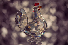 For the Love of Chickens (Dane Vandeputte) Tags: nikon d7200 nikond7200 nikonafsvrmicronikkor105mmf28gifed chicken crystal heart hearts macro bokeh gentle soft glass swarovski flickrchallengegroup flickrchallengewinner hen f32 105mm