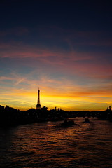 Sunset on Eiffel Tower 2 (Original Picture without editing) (J-e-Y) Tags: sunset eiffel tower coucher de soleil tour crepuscule twilight paris france seine long exposure exposition longue sony alpha 6 a6000 exterieur ciel