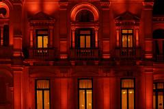 ... Town hall in red ... (Lanpernas 4.0) Tags: donostia sansebastián ayuntamiento townhall red rojo iluminación ventanas windows balcony fachada arquitectura eclecticismo casino