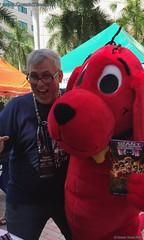 Miami Book Fair 2016 02 Martin and Clifford (Cosmic Times) Tags: cosmic times miami book fair 2016 martin pierro clifford dog