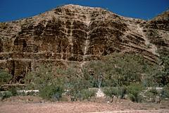 Balcanoona Creek (Stefan Fisher) Tags: scanned australia oz outback kodakektachrome minoltaxd7 downunder 35mm outdoor landscape flindersranges nationalpark southaustralia travel
