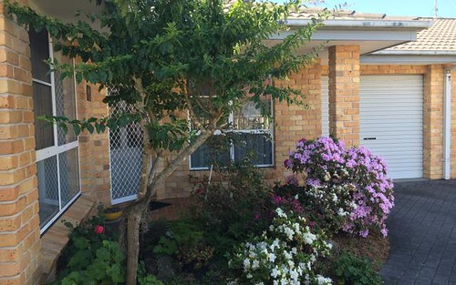 2/93 Goldens Road, Forster NSW 2428